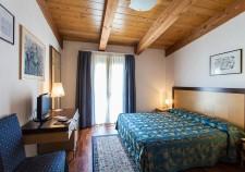 aris-hotel
