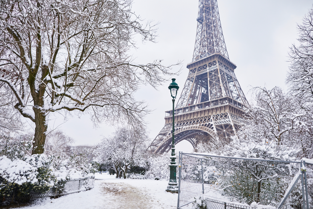 Neve a Parigi
