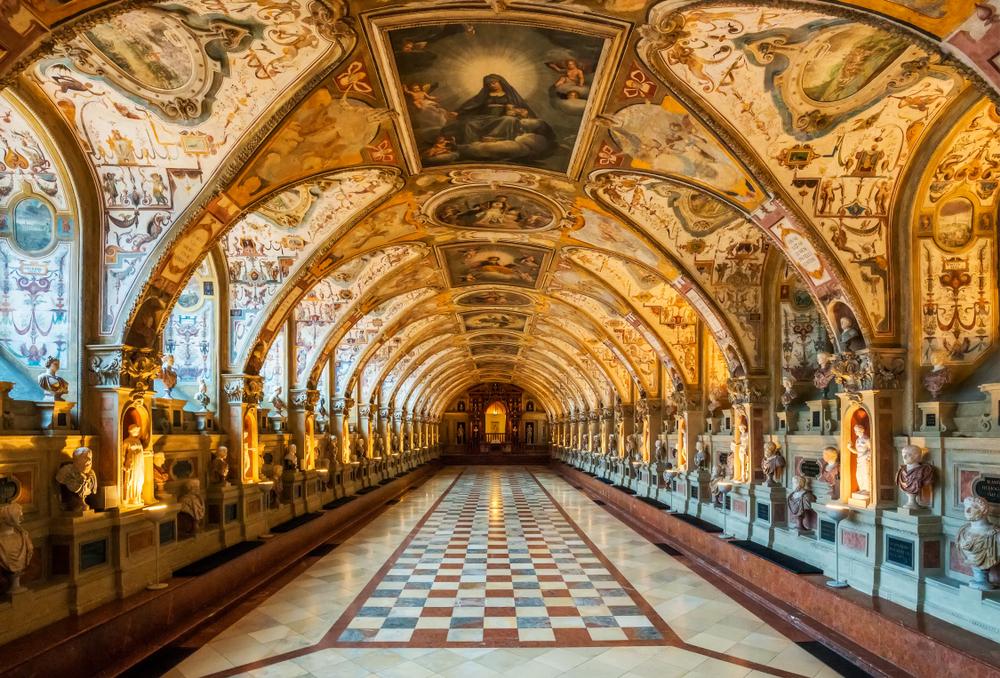 L'interno del Palazzo Reale